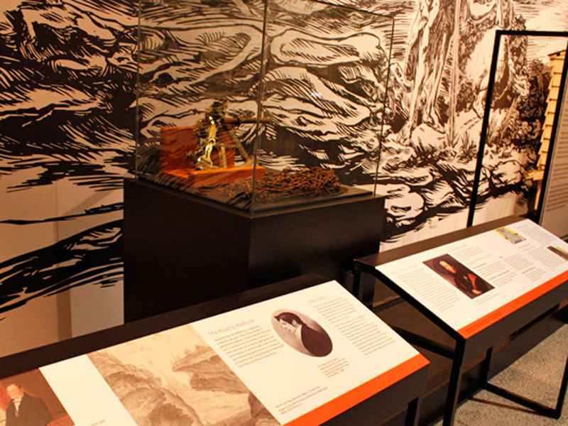 Journeys-exhibition-object-panels-design